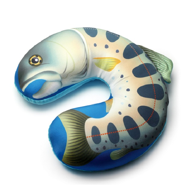 キャップス FISH NECK PILLOW YAMAME